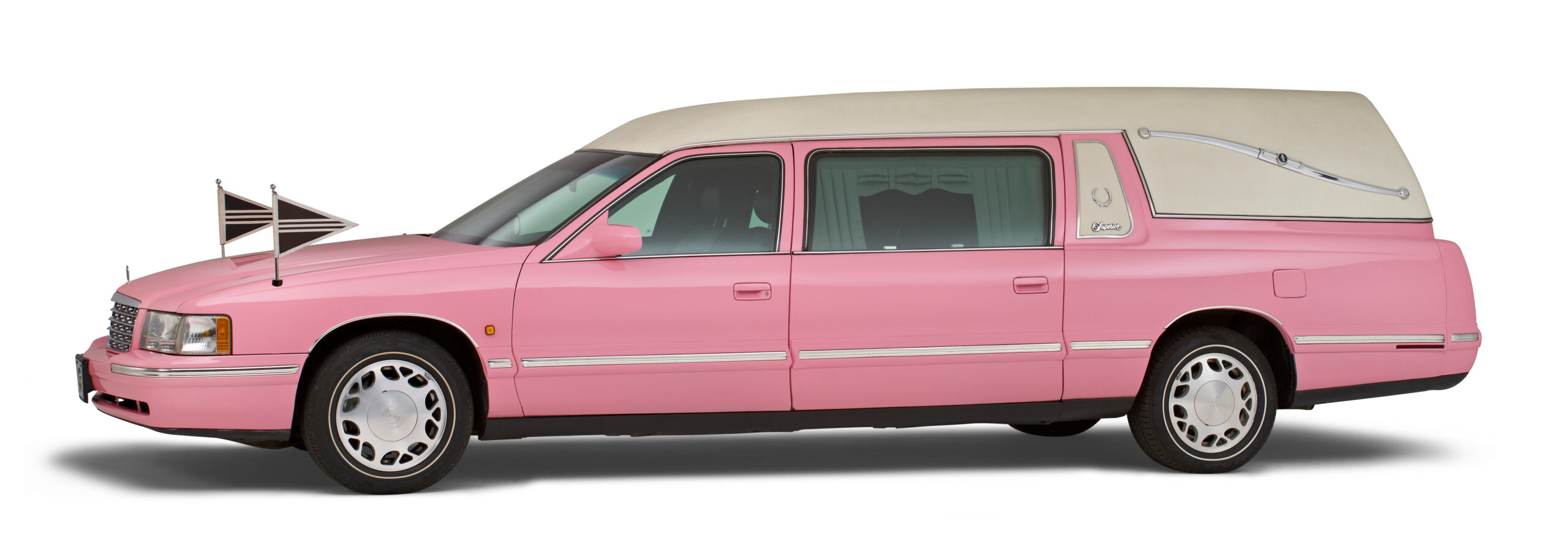 Roze Cadillac rouwauto